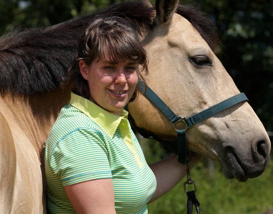 Anna-Steijling-dierfysiotherapeut-paarden